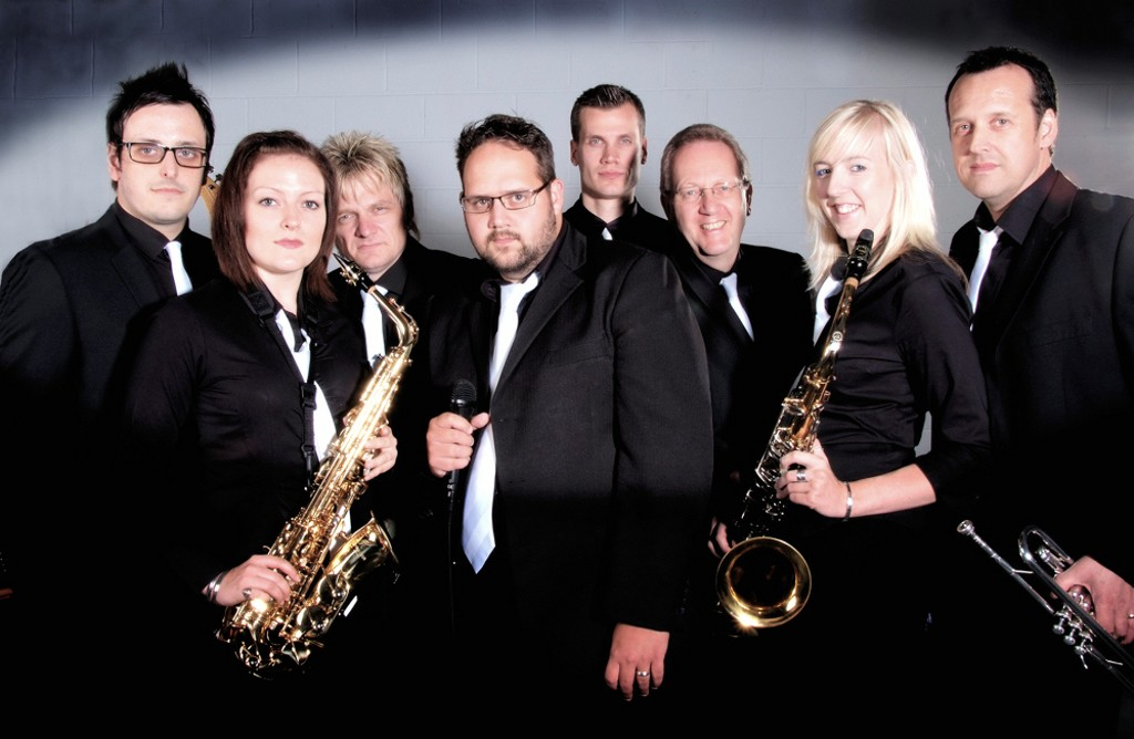Brumming Up Good Wedding Band Business In The West Midlands