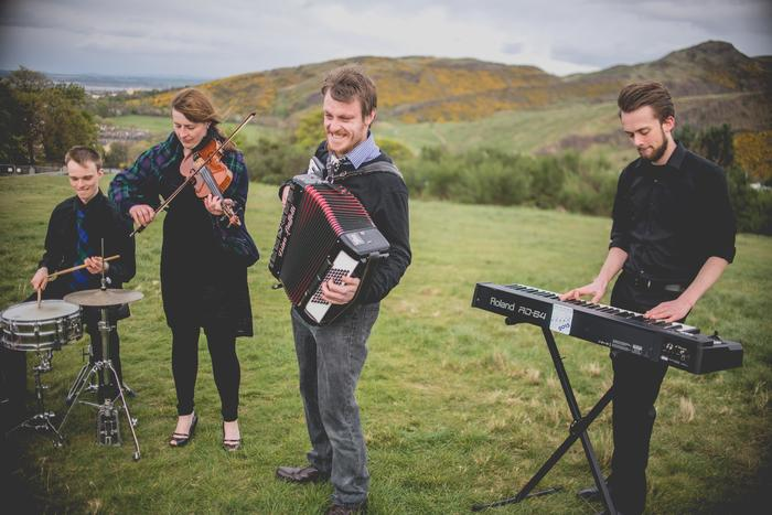 2. 7 Hills Ceilidh Band