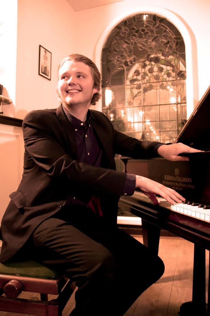 1. Piano