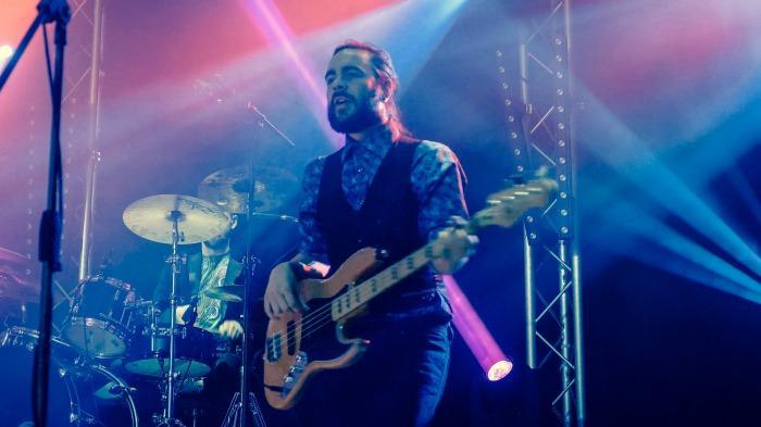 9. Bass
