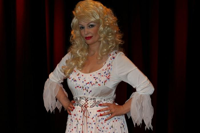 3. Andrea as Dolly