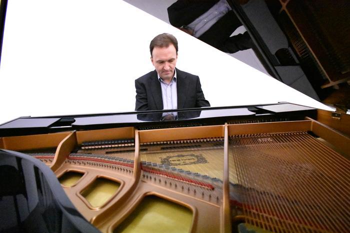 2. Andrew Edmond