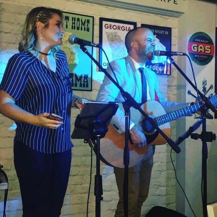 5. Anna & Jimmy Live