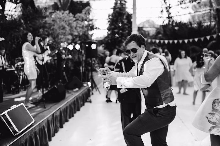 9. The usher dancing like, Usher!