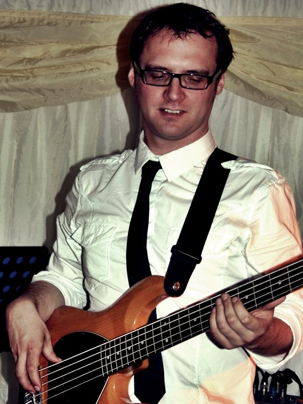 Bandaoke : photo : Rob (Bass)