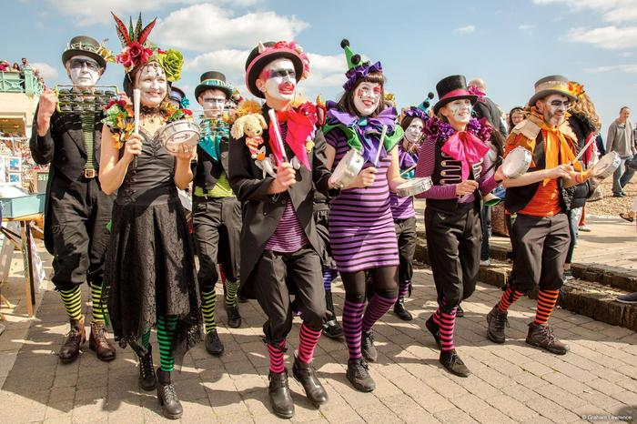 2. Barulhos Carnival Bizarre