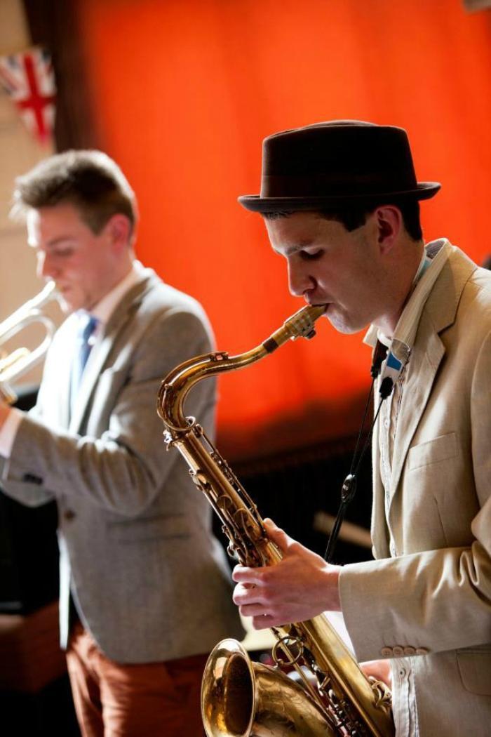 7. Sax/Trumpet