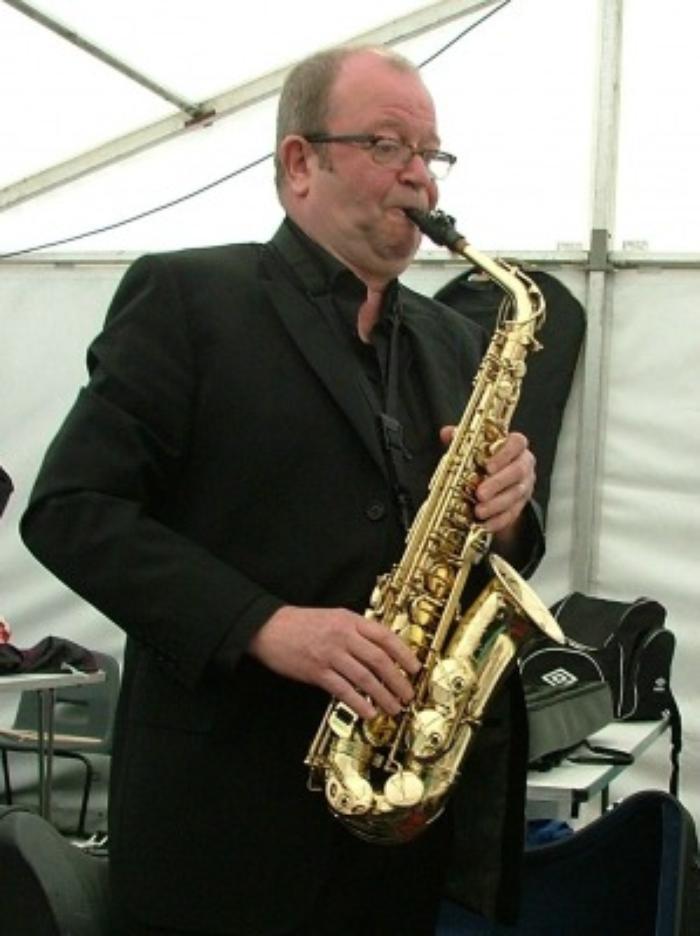 4. Kenny on sax