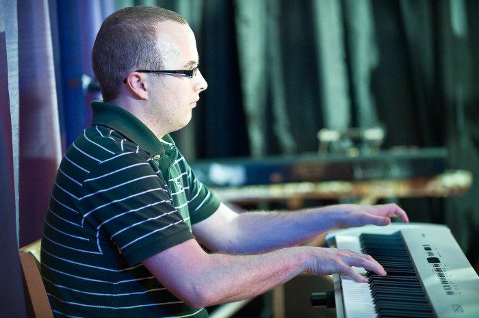 4. Piano
