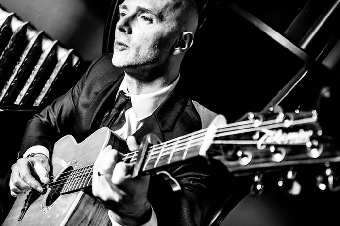 3. Dave Smith Live - Guitarist Singer
