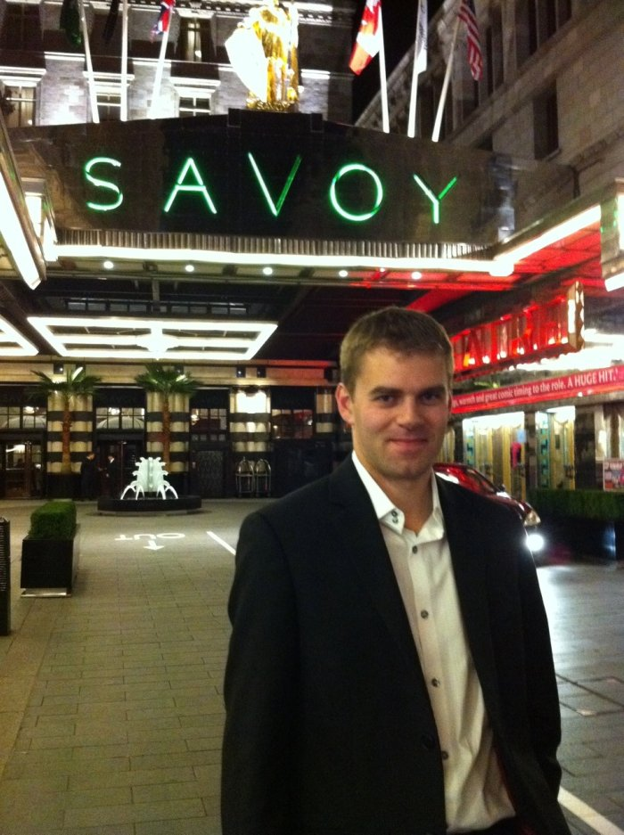 Dean Stockdale : photo : Dean outside Savoy