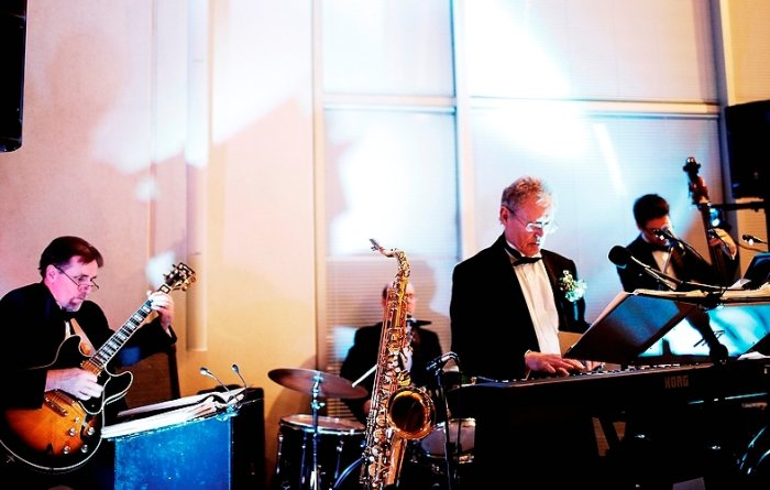 Decent Chaps Jazz and Swing : photo : DECENT CHAPS AT A WEDDING