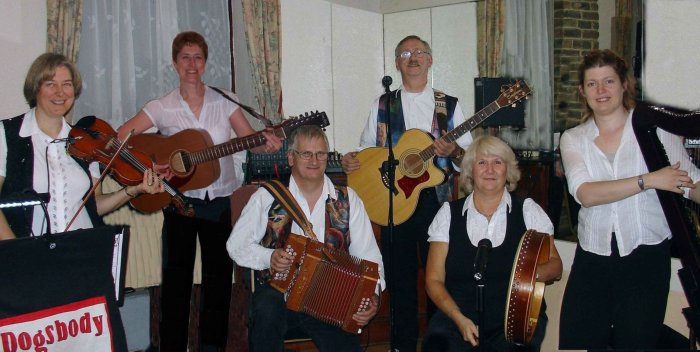 Dogsbody : photo : Dogsbody Ceilidh Band