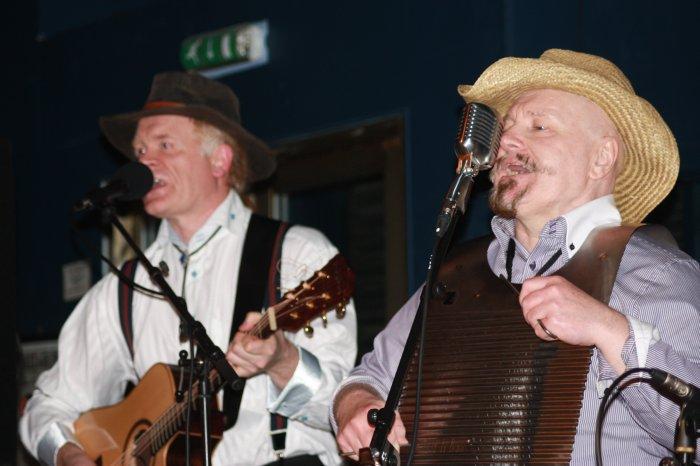4. Gavin & Lajo - twin front men.