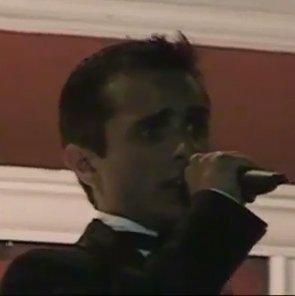 4. Edward Mirza singing O Sole Mio