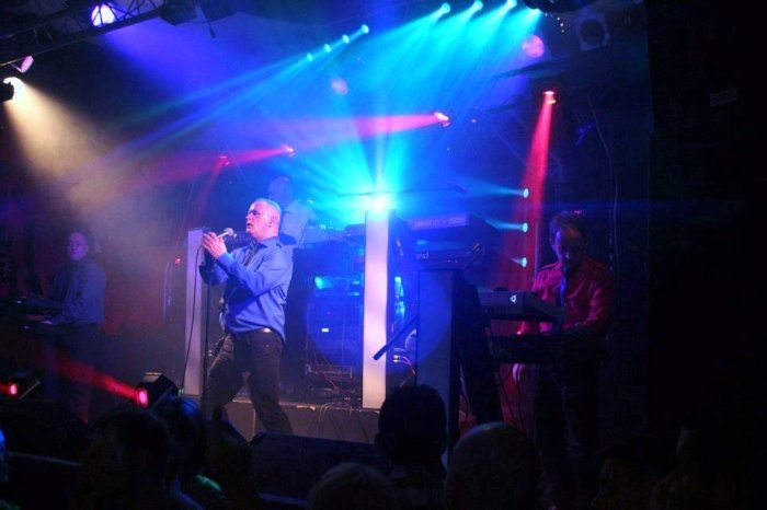 Electro 80s : photo : The Box Crewe 2011