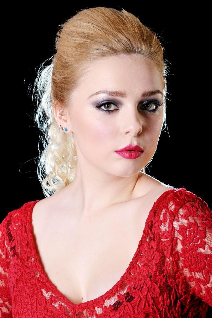 Emily the Flautist : main Freak Music profile photo