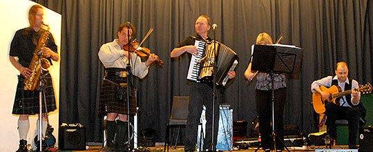 Funkeilidh Ceilidh Band : photo : A Funkeilidh 5 piece