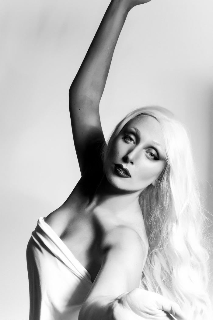 11. Going Gaga Look