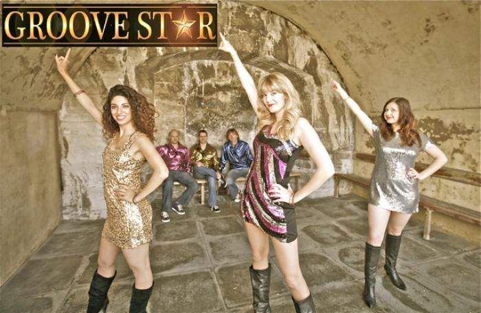 9. Groove Star band 10