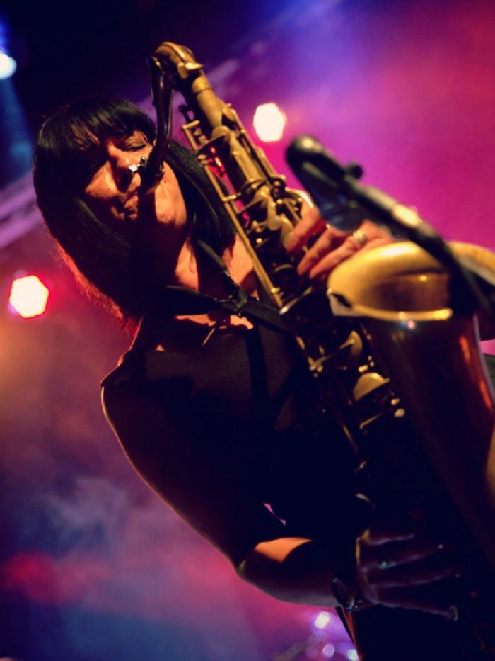 6. Lynne