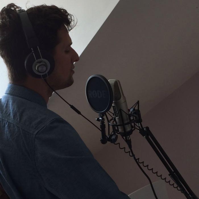 4. Studio
