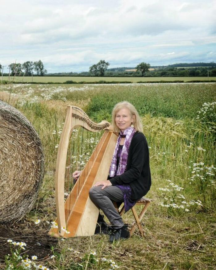 21. Pauline in field