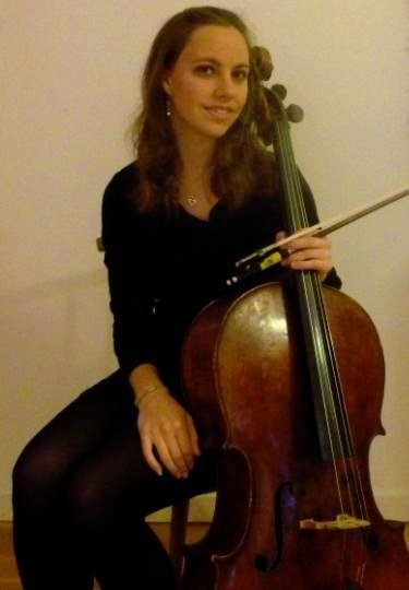 Jackie Baxter : photo : Jackie Baxter ~ Cello