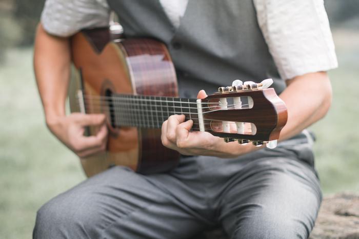 2. Latin Guitarist - Lucas Roberts