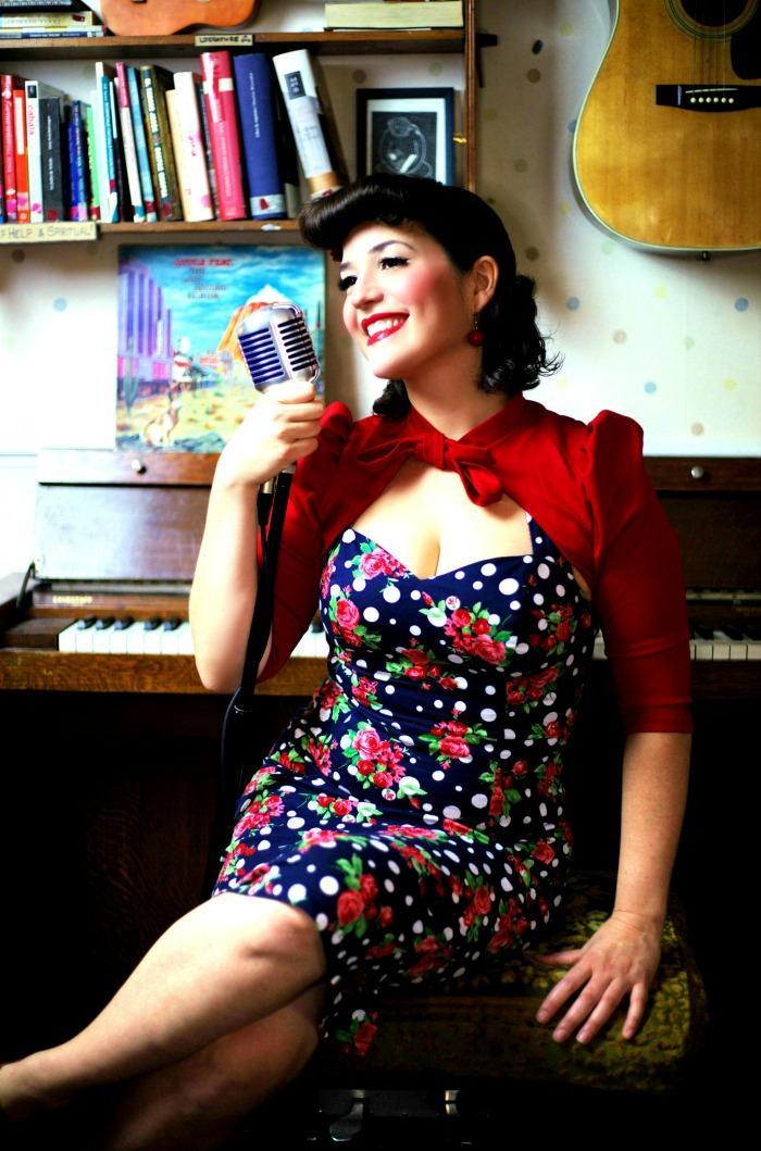 3. Vintage Singer 2