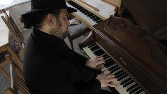 Jonathon Holder : main Freak Music profile photo