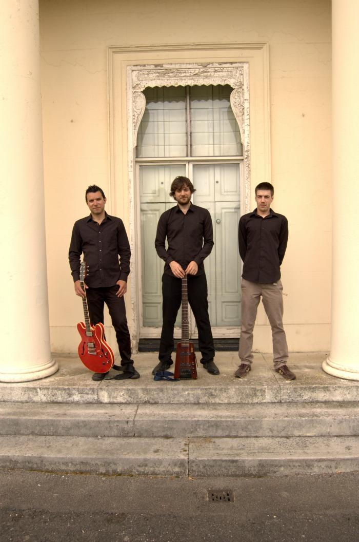 3. JusVibes trio 1
