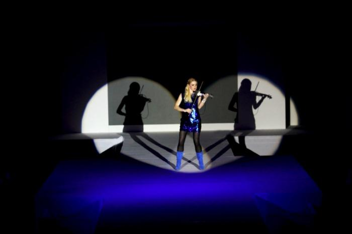 8. Fashion Show 2