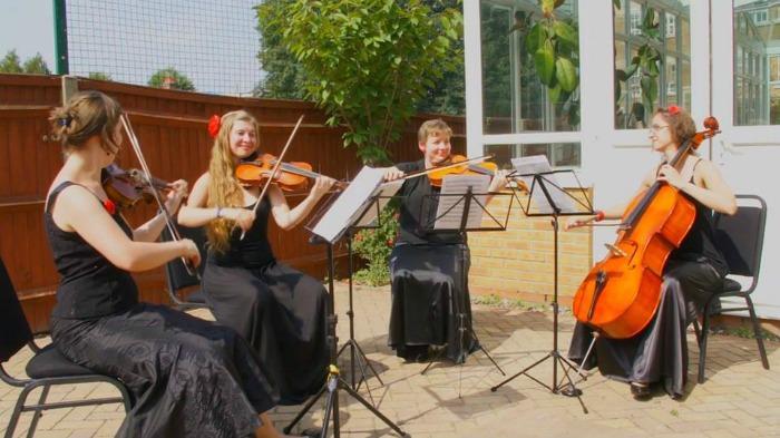 1. Konvalia Quartet