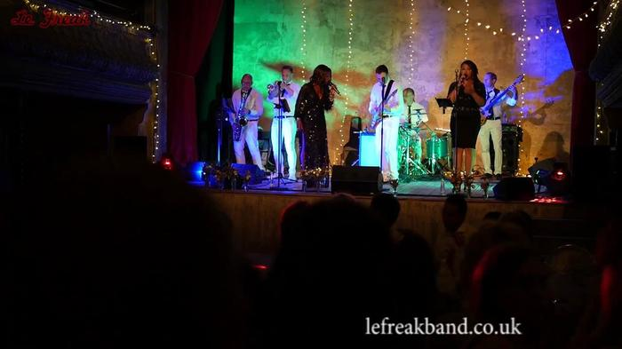 10. Le Freak - Disco band &Tribute to CHIC