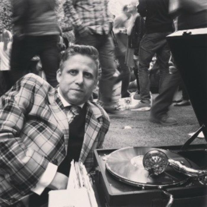 2. Lord Holyrude, Gramophone DJ