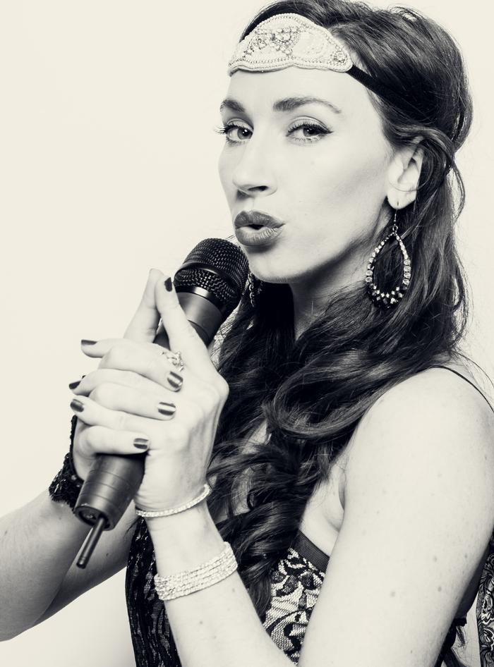 5. Lorena Dale