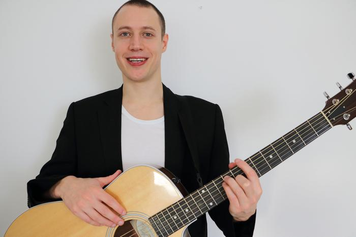 2. Marcus - solo acoustic performer