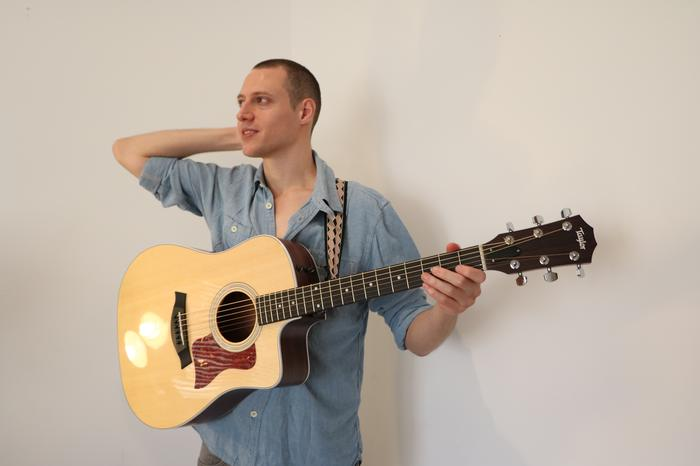 4. Marcus - solo acoustic performer