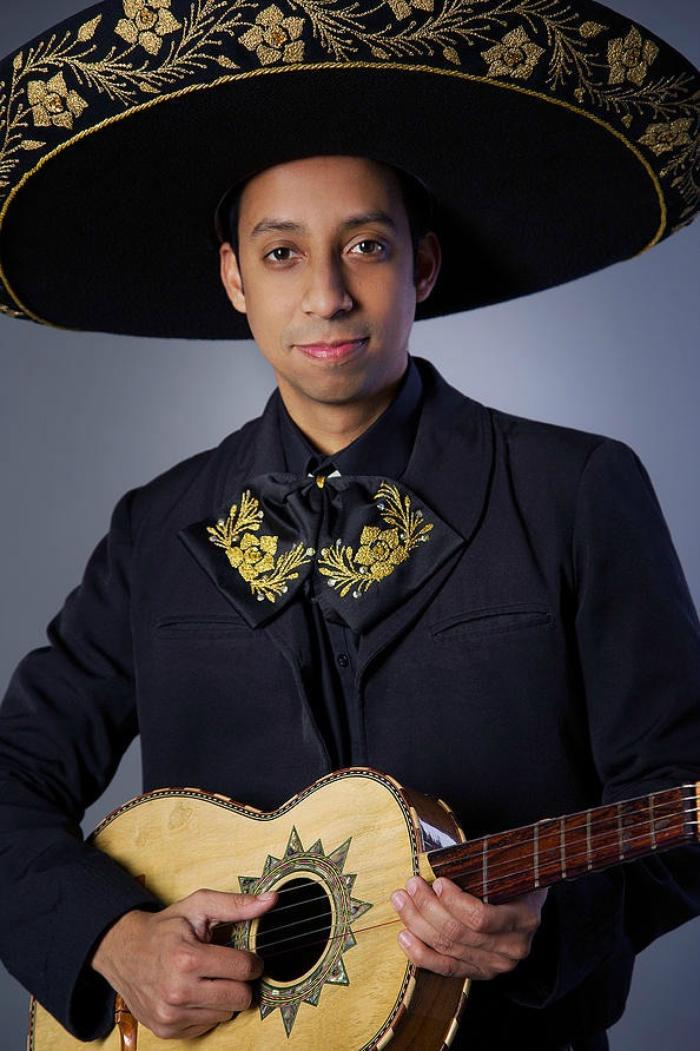 6. Alejandro