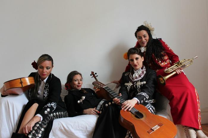 3. Mariachi Las Adelitas