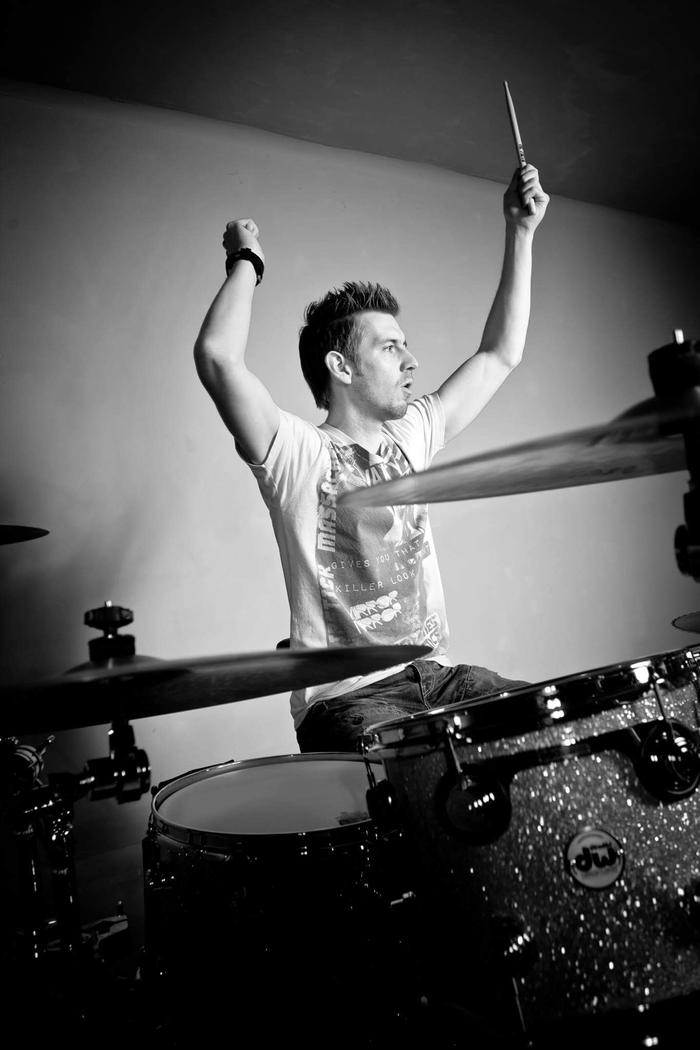 6. Geoff Fry- Drums ( 4 Piece Band)