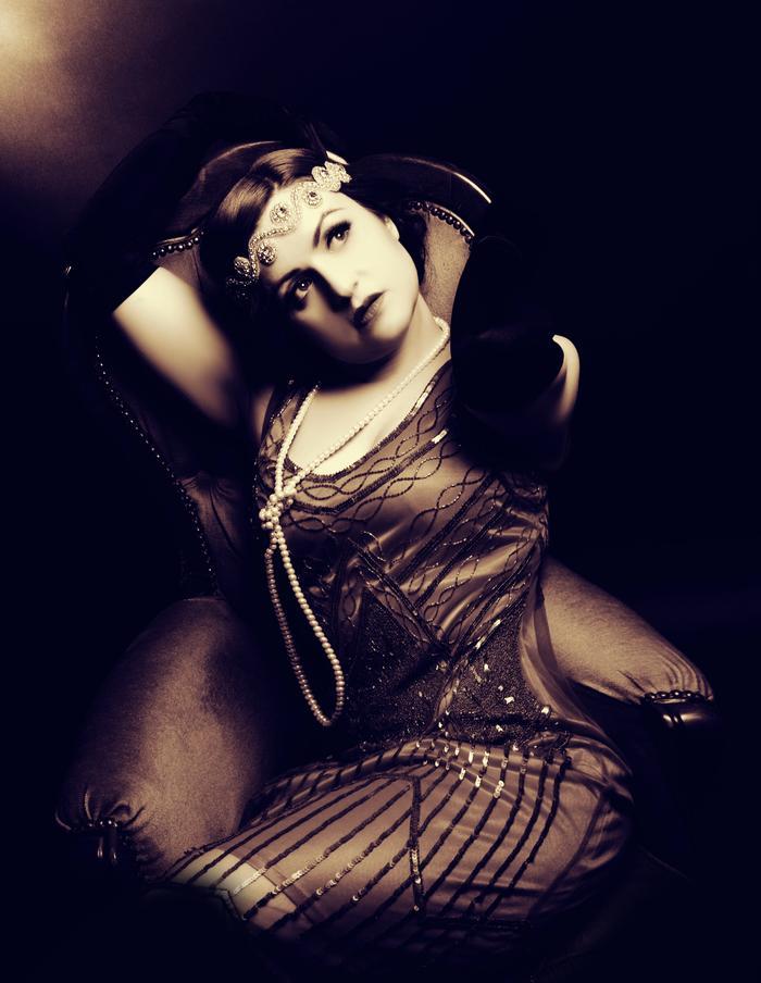 6. Gatsby Glitz N Glam!