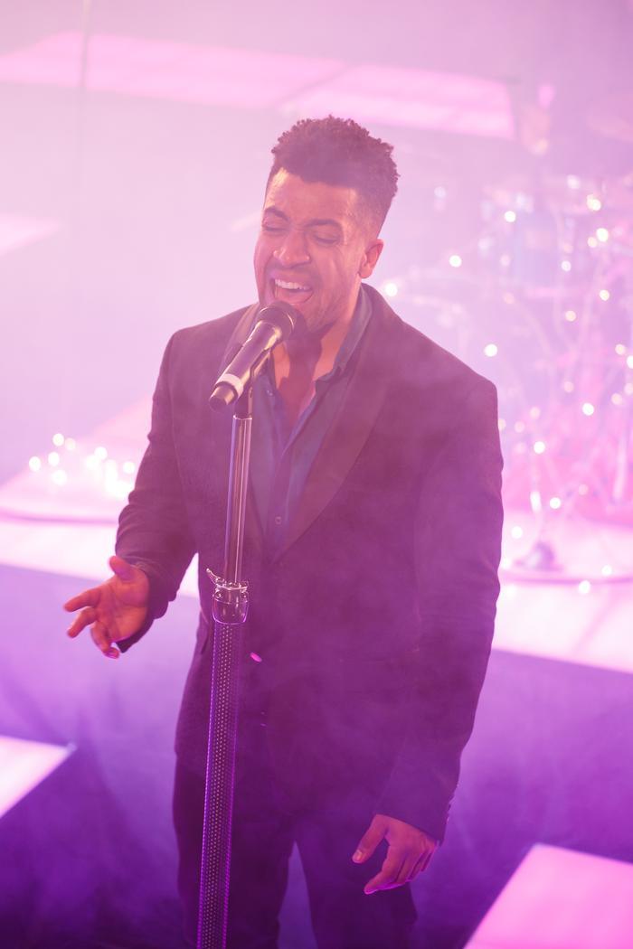 2. Motown Live!