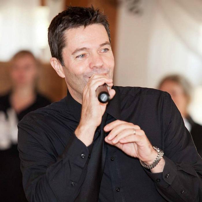1. Singer Brad