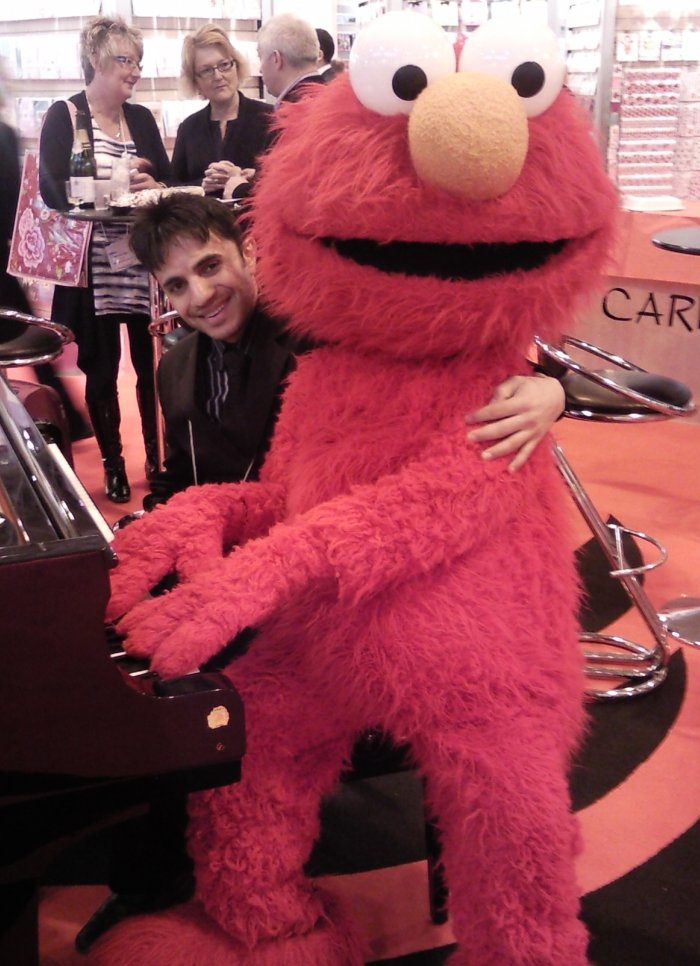 Paul Rahme : photo : Paul and Elmo