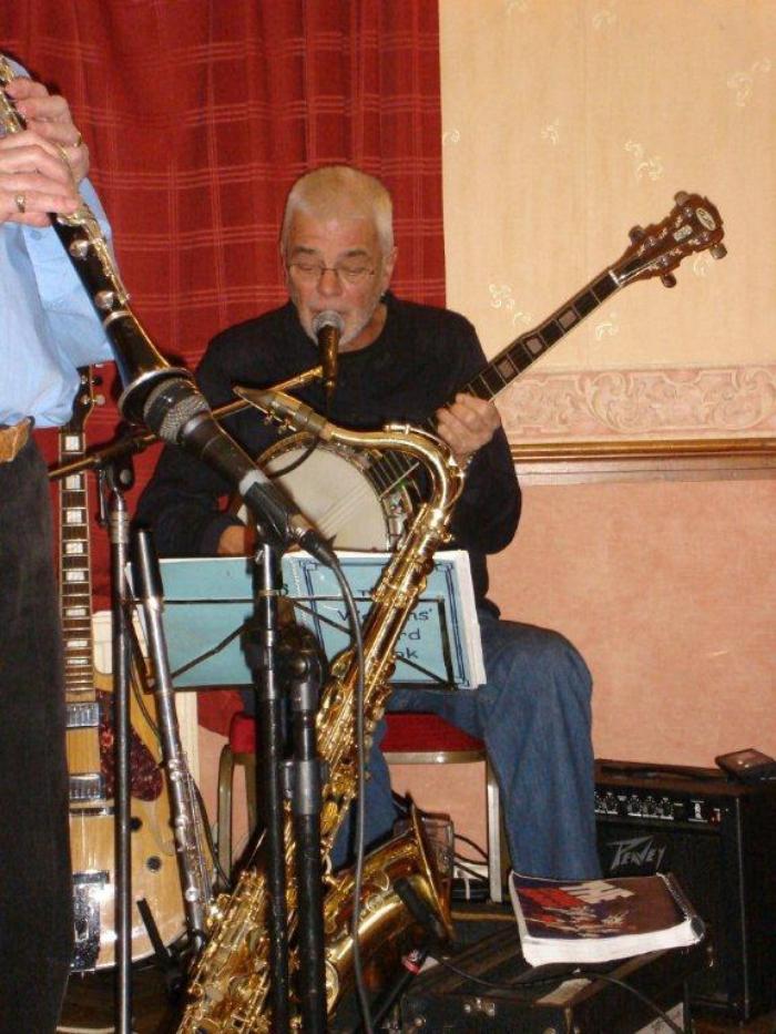 4. John - Gtr/Banjo