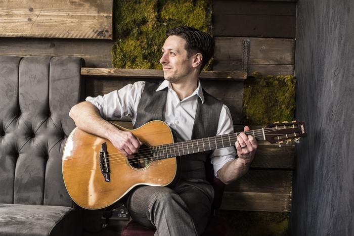 3. Rob Shaw Solo Instrumental Guitarist