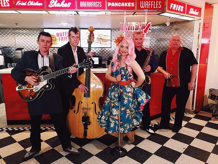 Ruby Rockabella & The Rockin' Robins : main Freak Music profile photo