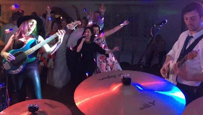 3. Smax -Wedding